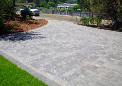 Basket weave pattern for driveway, gives a beautiful look.